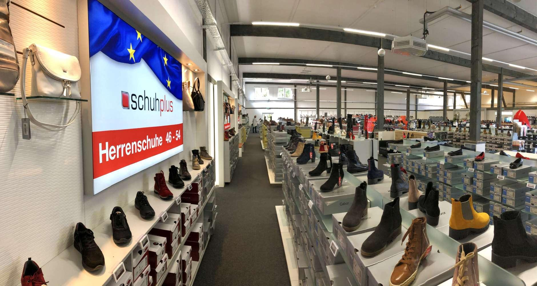 800 qm Fachgeschäft für Schuhe in Übergrößen in Saterland am
